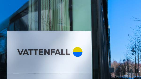 Vattenfall's head office and the new logo.