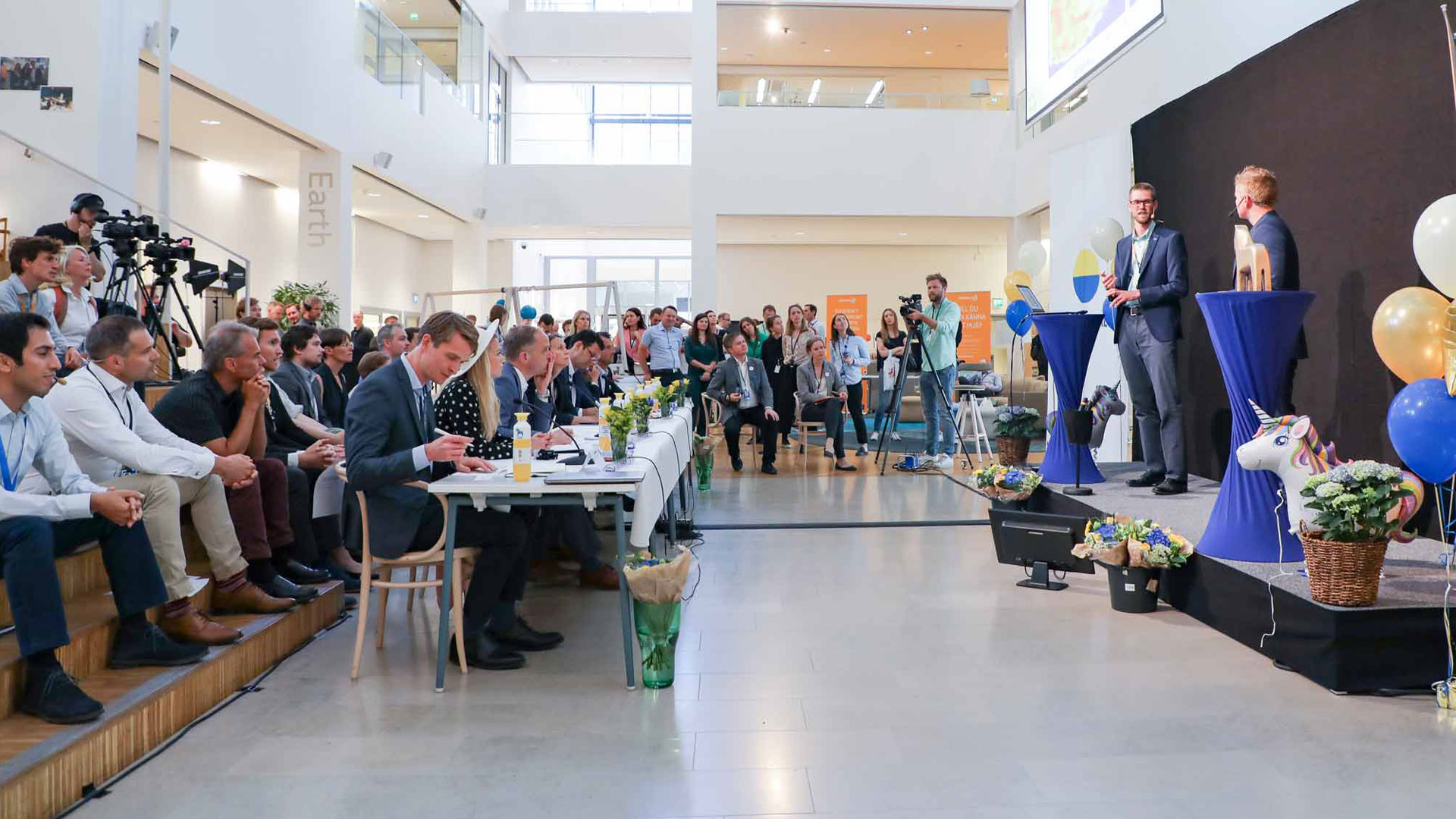 Audience, finalists and jury at Vattenfall Innovation ceremony